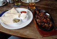 images/PUB-WALK-IMAGES/Berkshire/Cookham/Jolly-Farmer/Jolly-Farmer_Cookham-Dean_Fajitas-200.jpg
